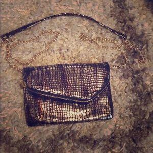 HOBO golden sparkle n shiney clutch